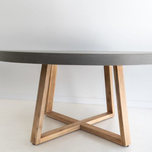 round elkstone table