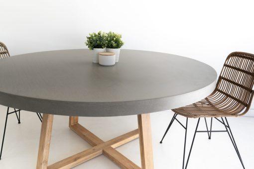 round elkstone table
