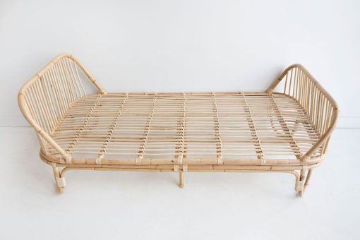 Cruz single bed