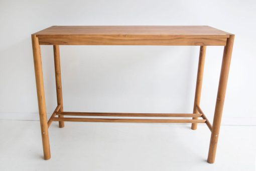 Megan bar table