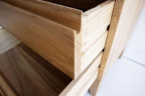 Vino Bedside table