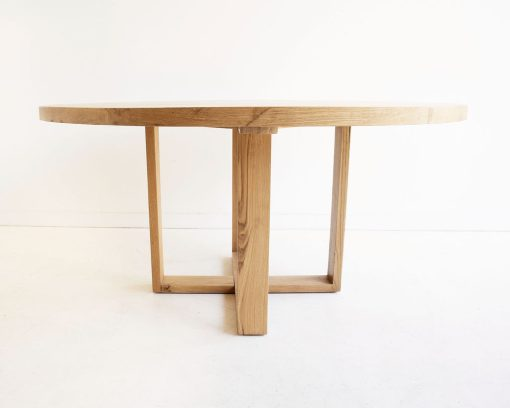 St Ives dining table
